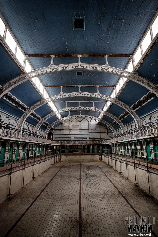 Moseley Road Baths - The abandoned Gala Pool