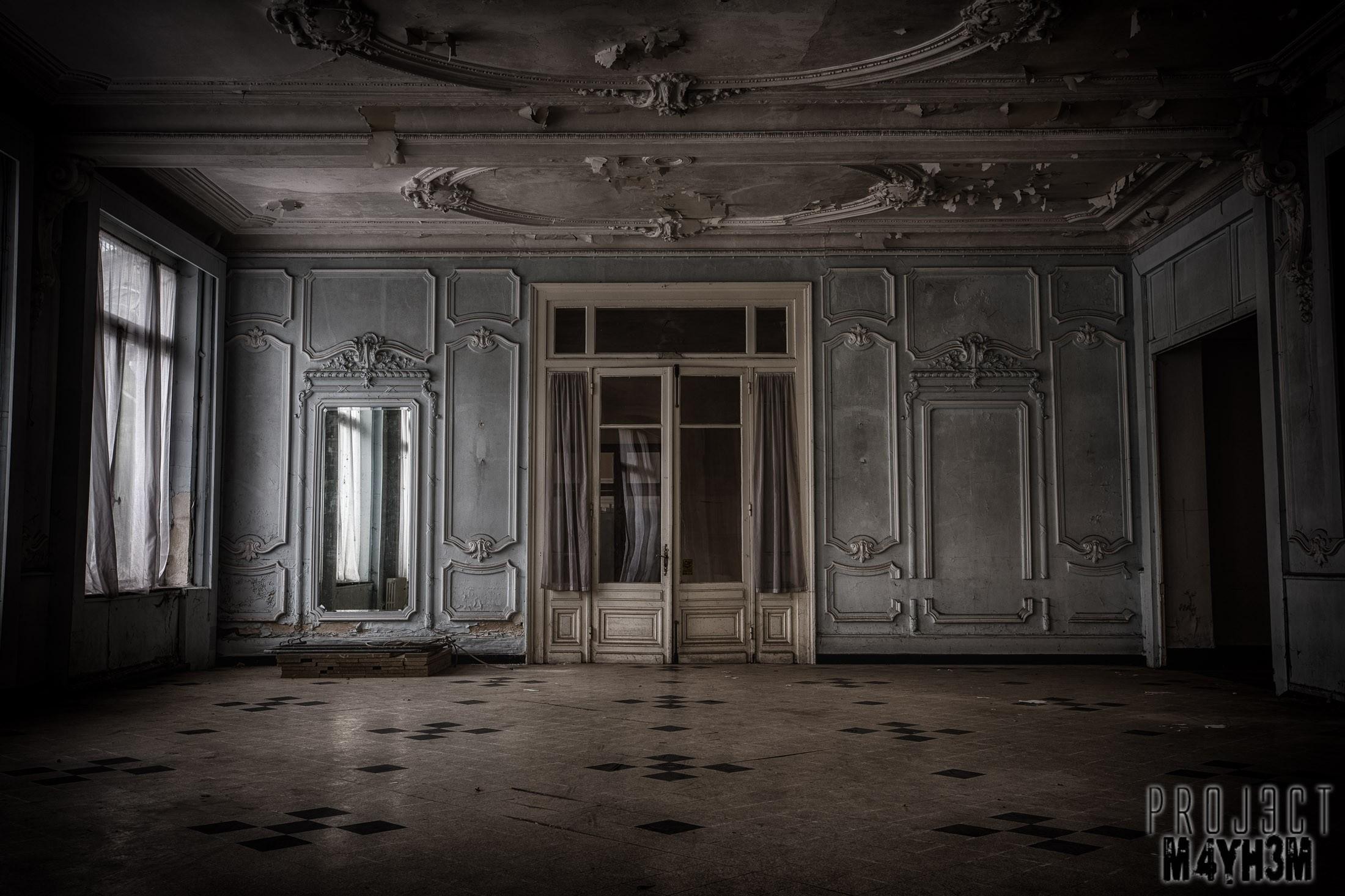 Empty Hotels