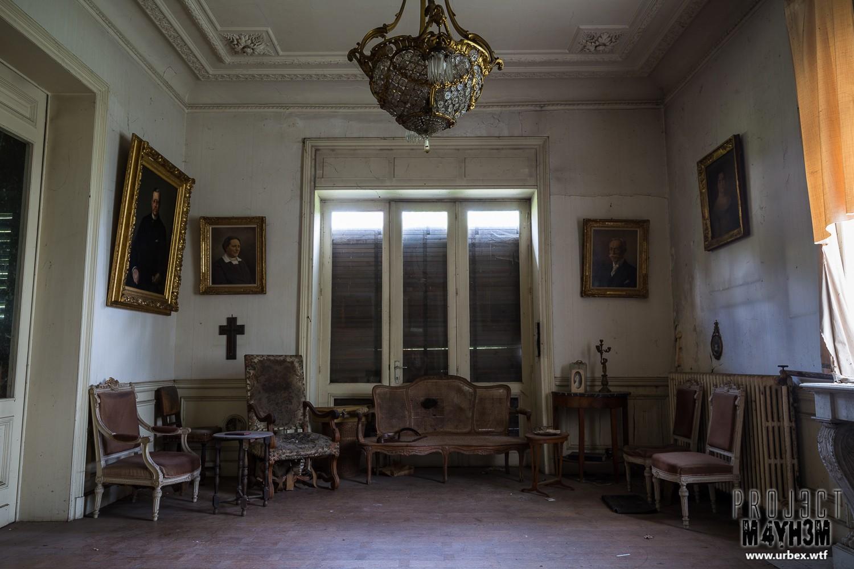 Manoir des portraits aka Château Romantique - Lounge