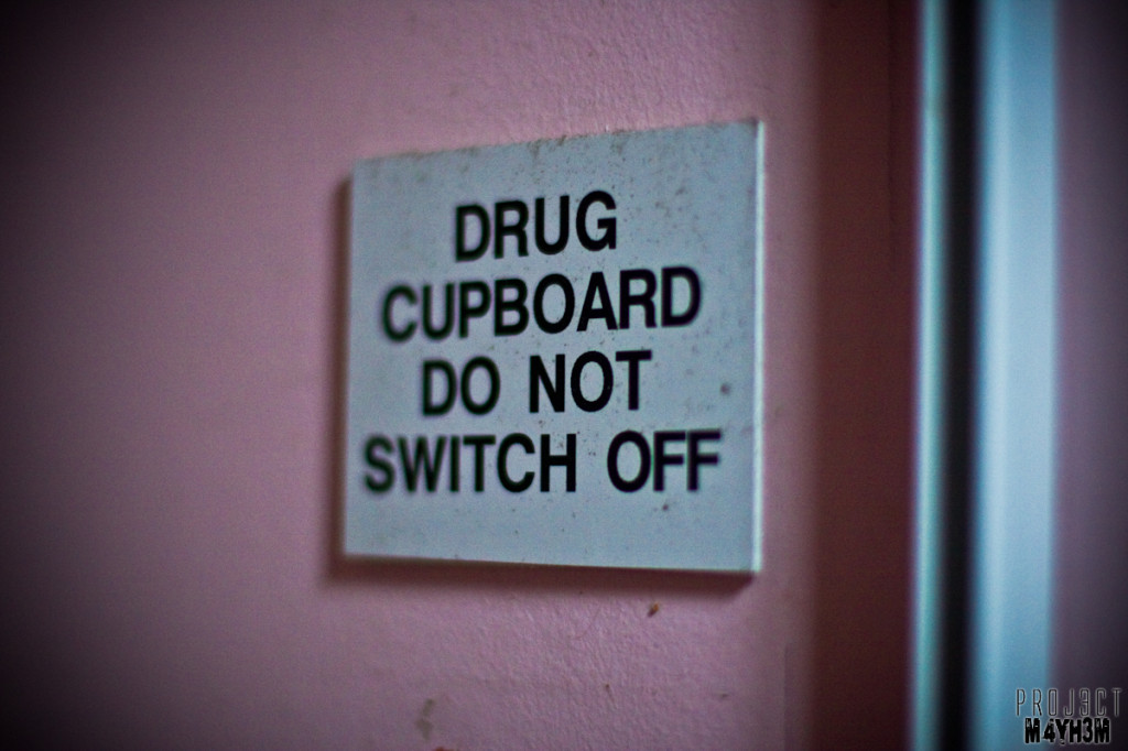 Drug cupboard do not switch off