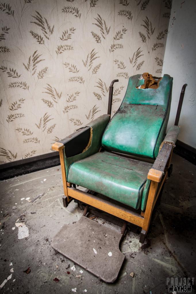 Mansfield General Hospital - Recliner