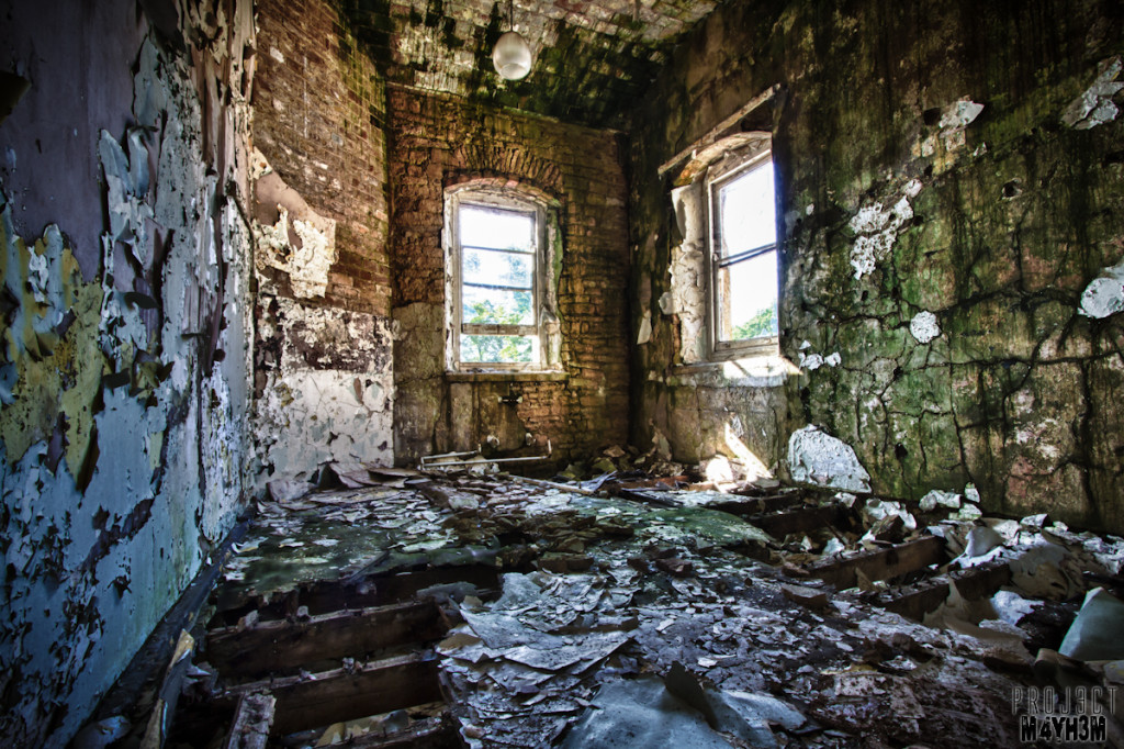 Watch your step... - Lincolnshire County Pauper Lunatic Asylum