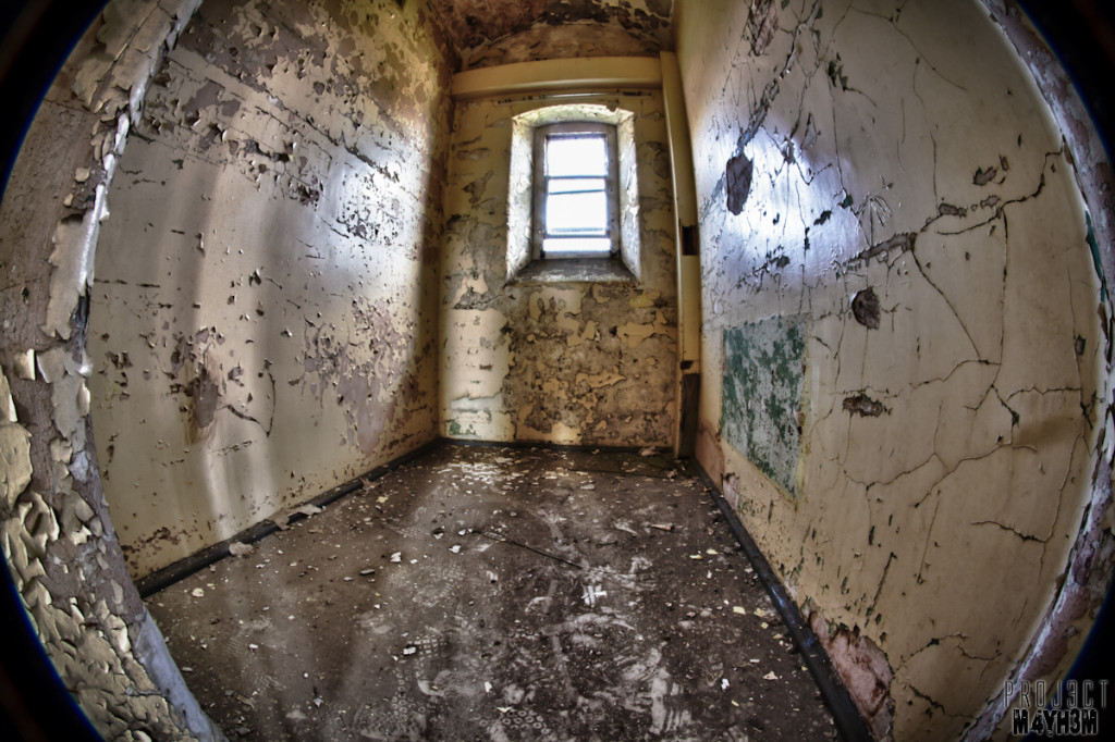 Inside a Cell - Lincolnshire County Pauper Lunatic Asylum