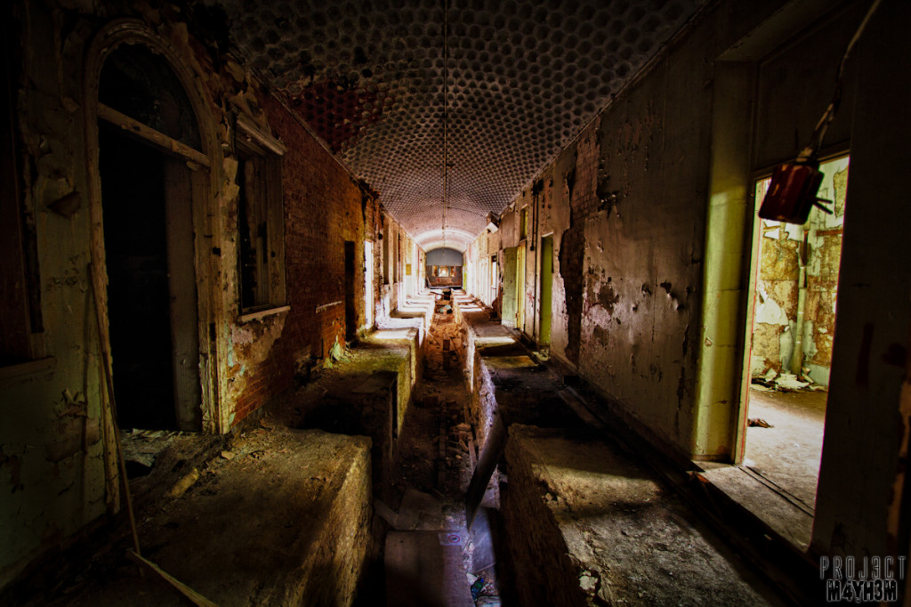 Watch your step in the dark - Lincolnshire County Pauper Lunatic Asylum