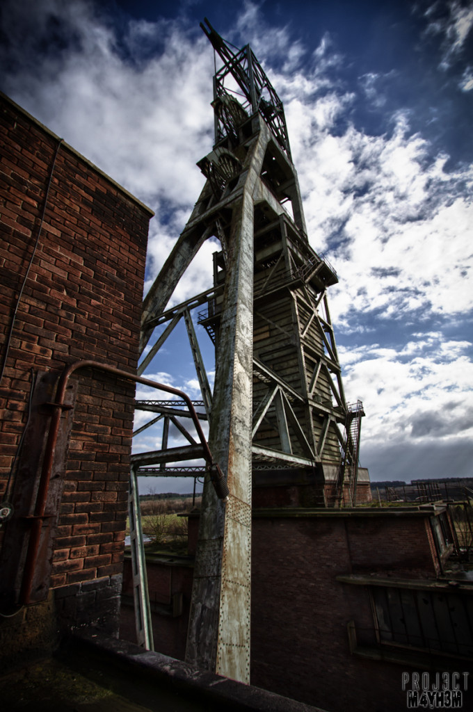 Clipstone Colliery - Headstocks