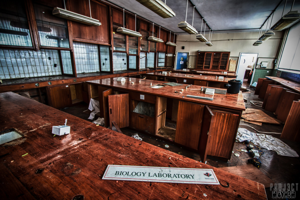 Sandwell College - Biology Laboratory;