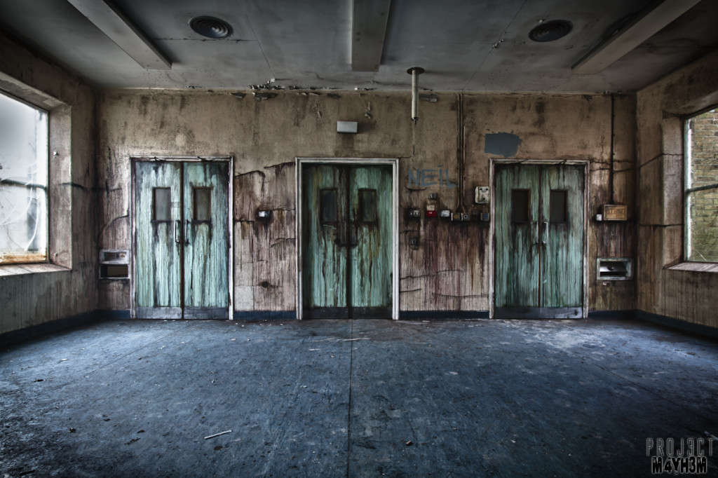 CMH aka The Cambridge Military Hospital - Operating Theatre Doors