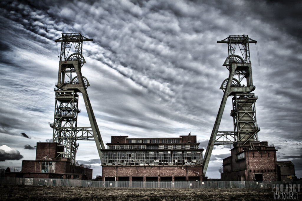 Clipstone Colliery - Head Stacks