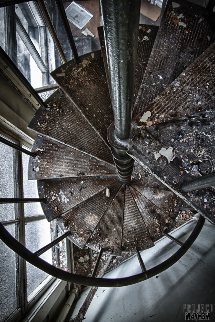 George Barnsley & Sons Ltd - Spiral Staircase