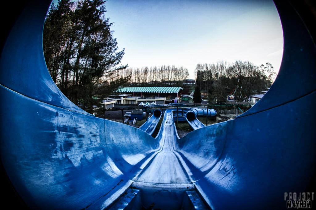 Camelot Theme Park - Pendragon's Plunge