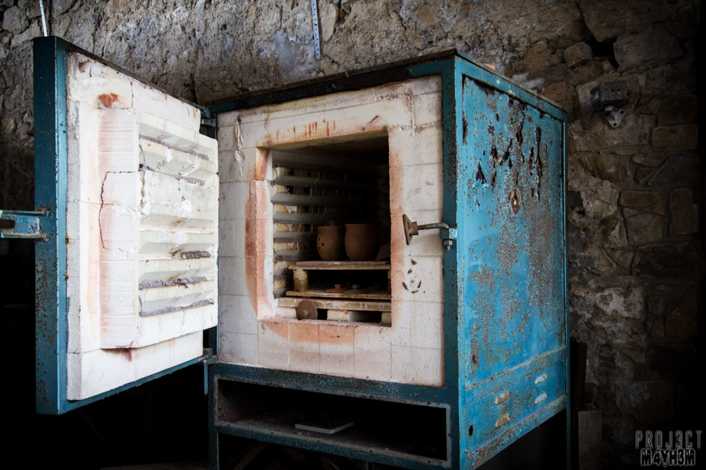 Holdinings Country Pottery - Kiln