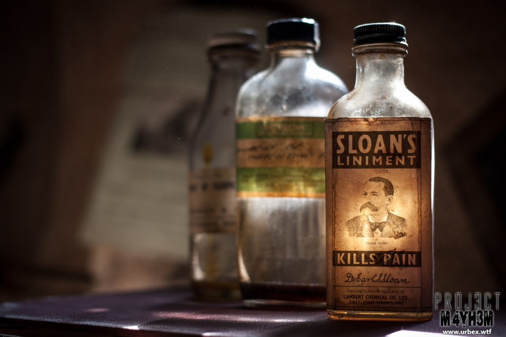 Diary Keepers Cottage - Sloans Liniment Kills Pain