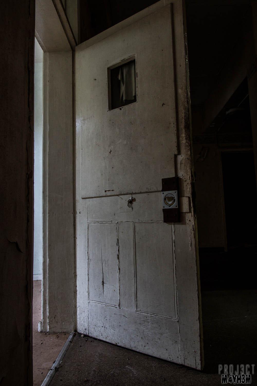 Proj3ctm4yh3m Urban Exploration Urbex Om Asylum United