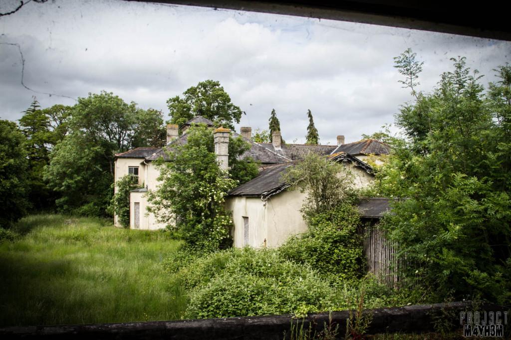 OM Asylum External
