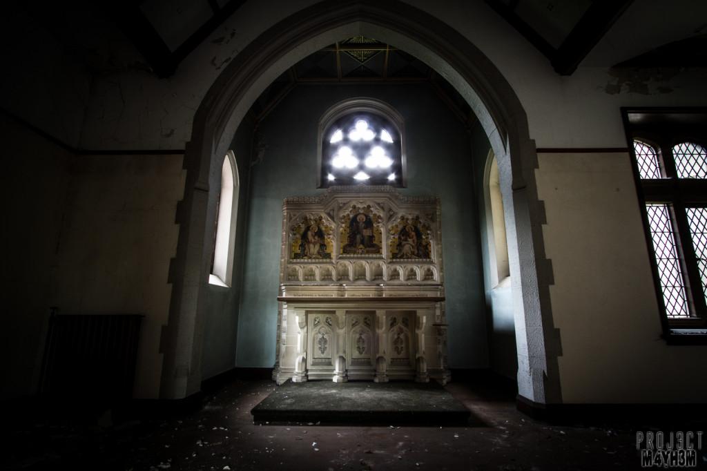 St Joesephs Seminary - Altar