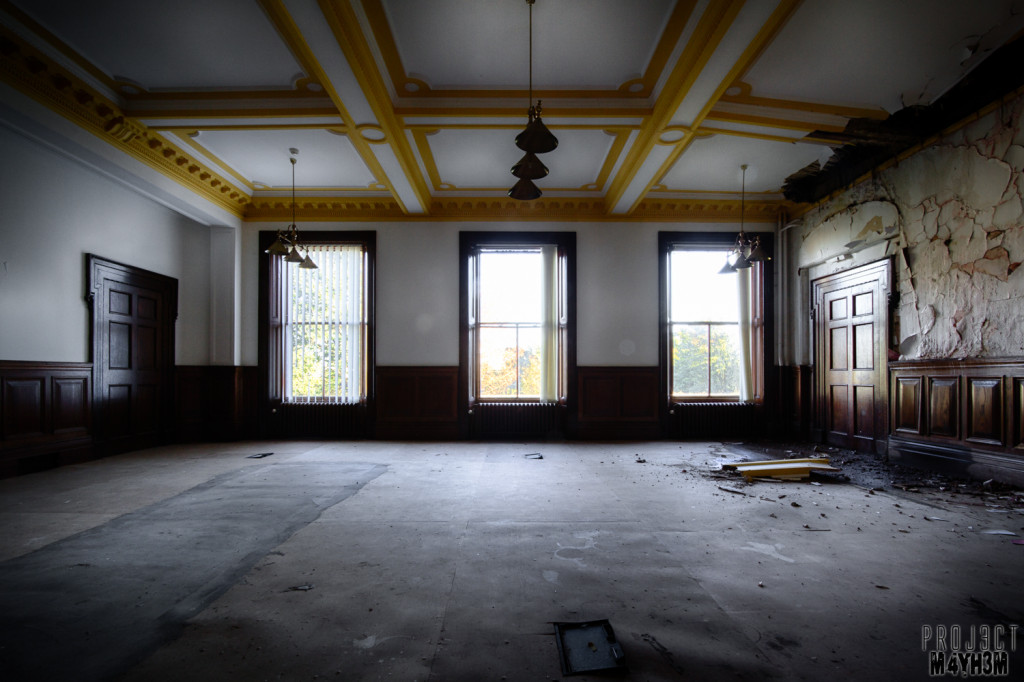 Another Orphanage Yellow Room