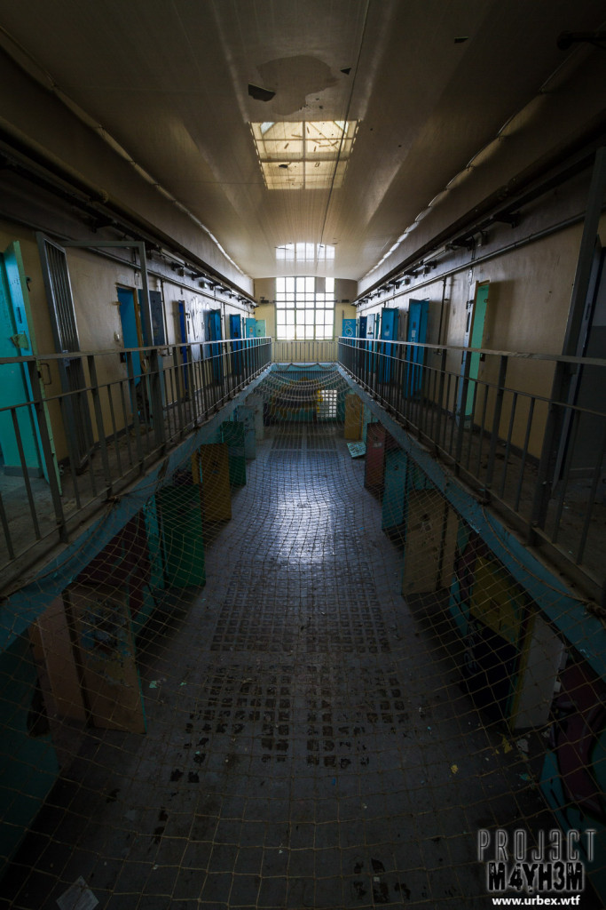 Prison H15 France Cell Block