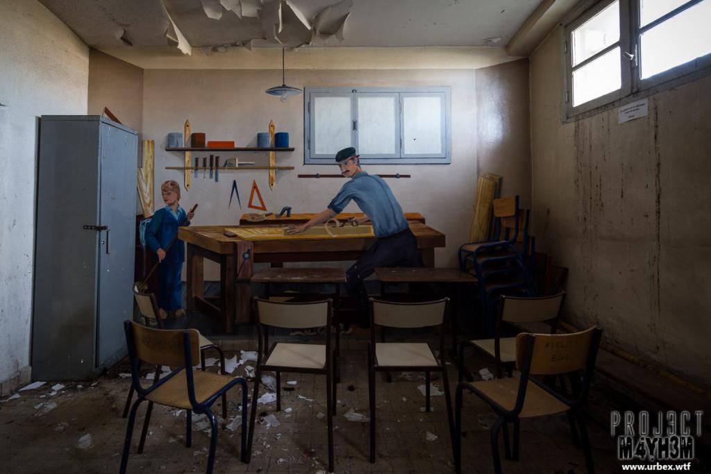 Prison H15 Woodwork