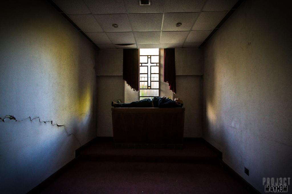 Morgue P Chapel of Rest