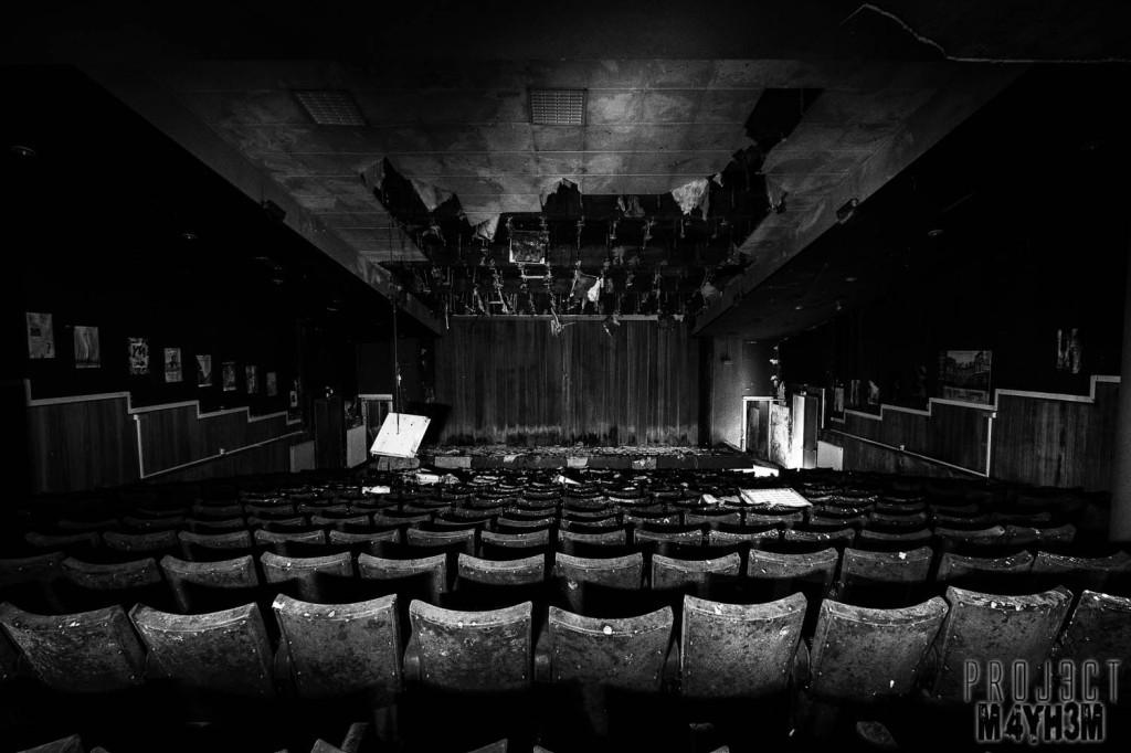 L'école FMP Lecture Theatre
