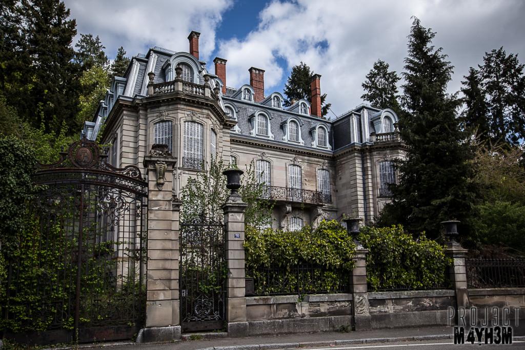 Château Lumiere - External