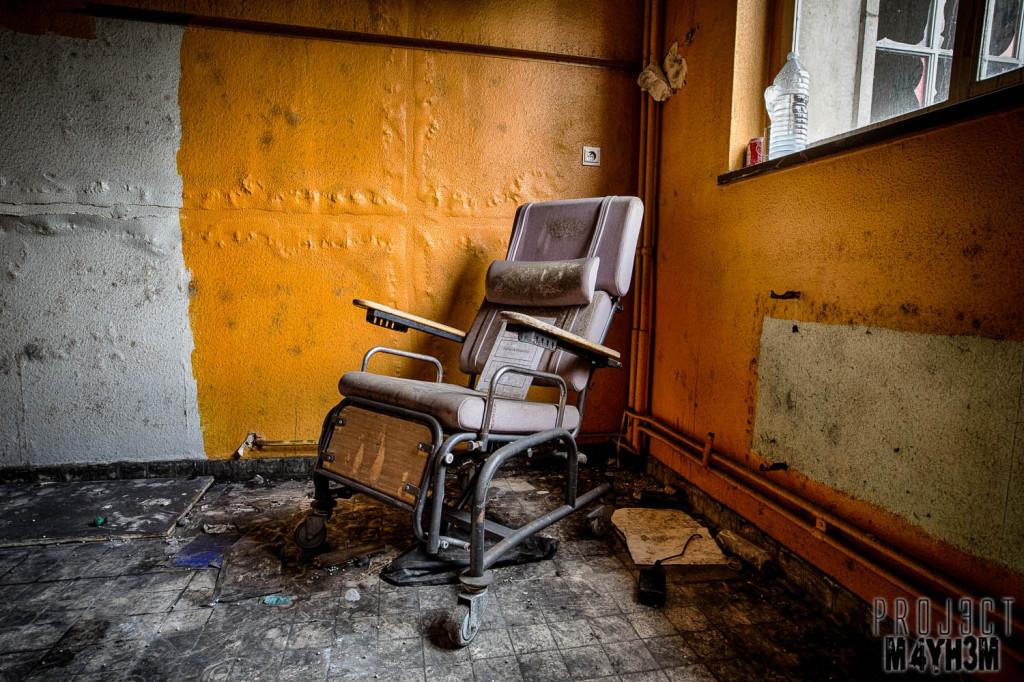 Home Sweet Home Hospital - Wheel Chair