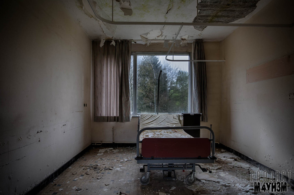 Home Sweet Home Hospital - Bedroom