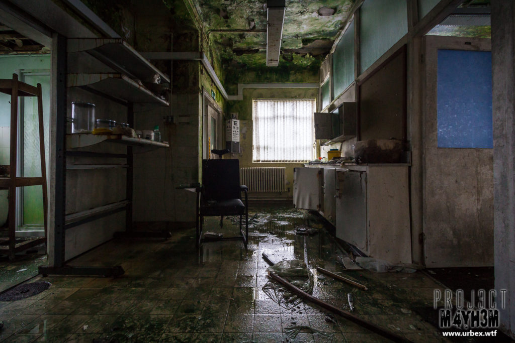 A medical bay at an abandoned Industrial site