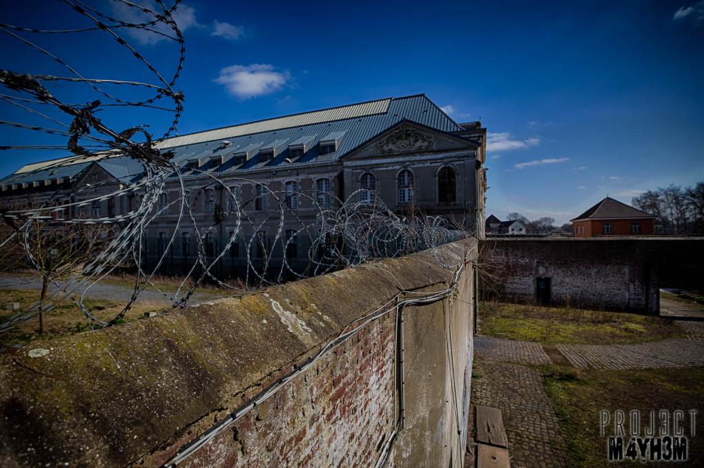 Prison H15 Razor Wire