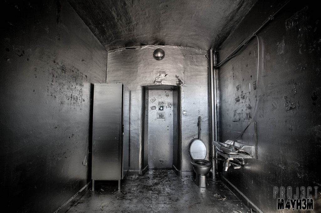 Prison H15 The Silver Cell