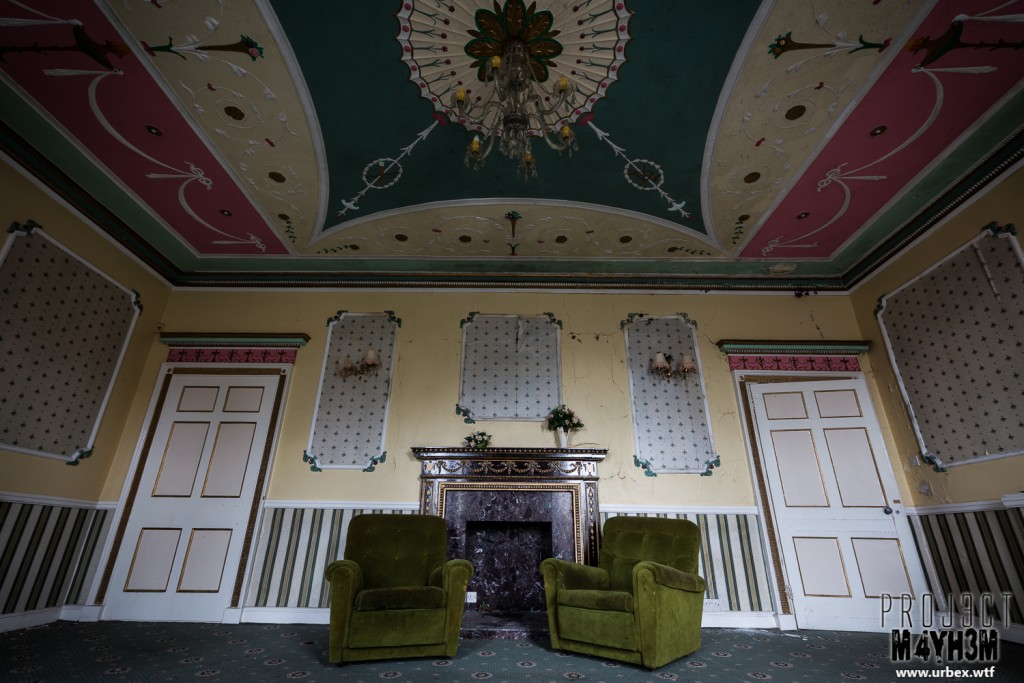 Woolton Hall aka Wacky Tacky Manor aka Katie's House