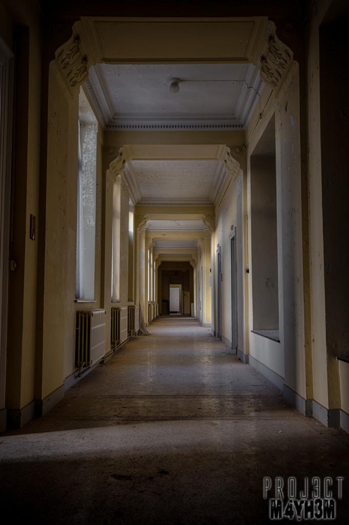 Alla Italia - Corridor