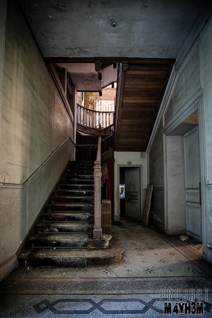 Château des Faisans - Main Staircase