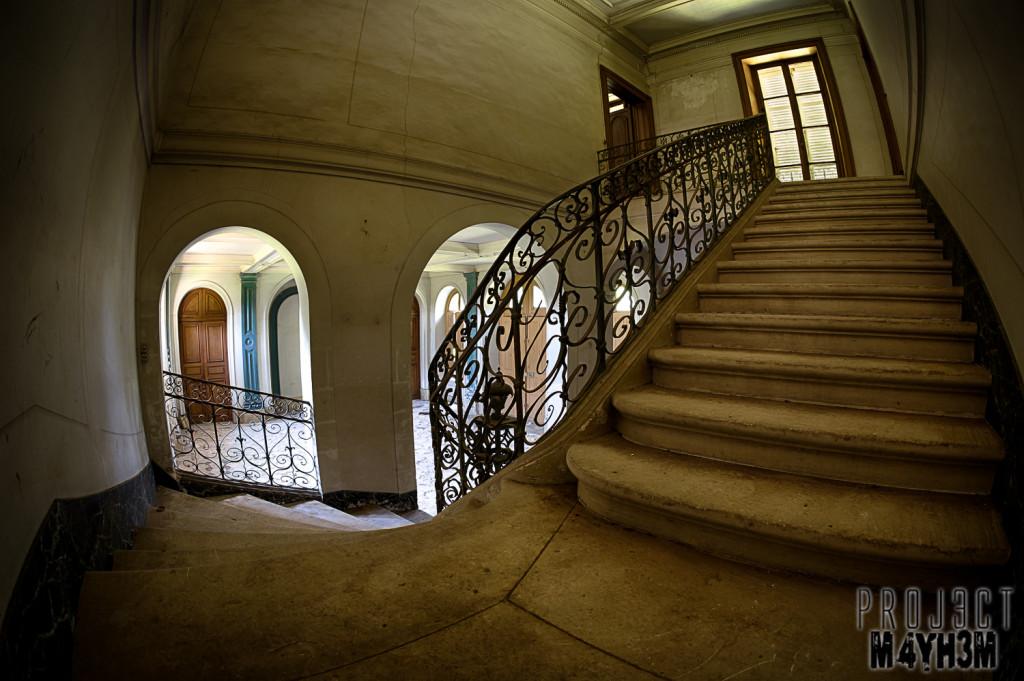 Château du Cavalier - Main Staircase