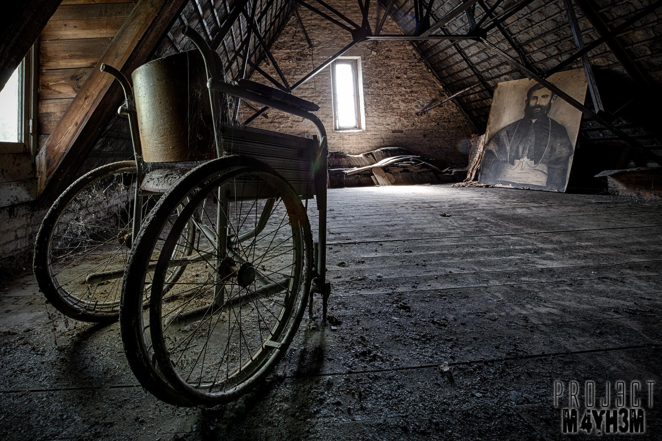 Mont G Wheel Chair
