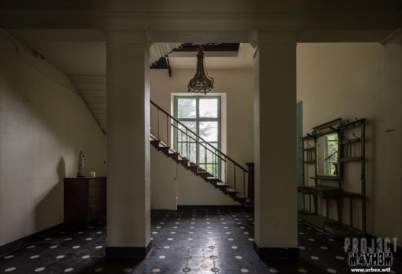 chteau de la chapelle staircase chateau de la chapelle belgium