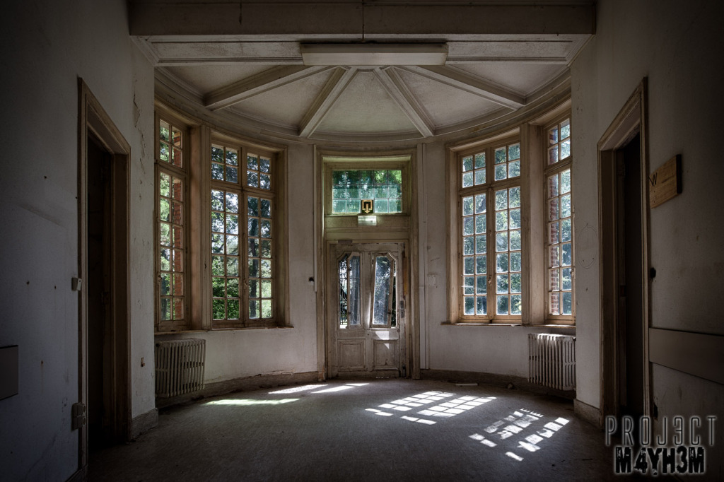 Salve Mater Psychiatric Hospital - Bay Window