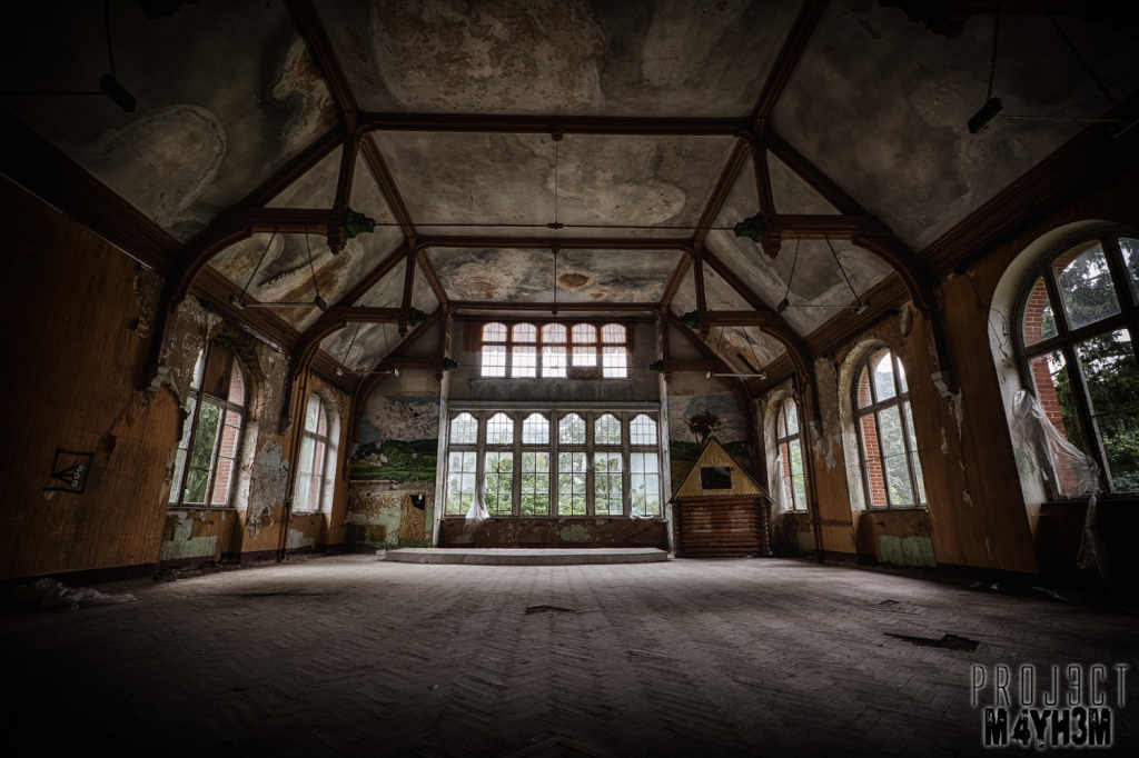 Beelitz-Heilstätten aka Beelitz Hospital Bath House - Hall