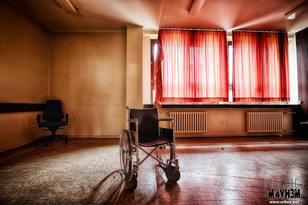 A German Psychiatric Hospital - Wheelchair
