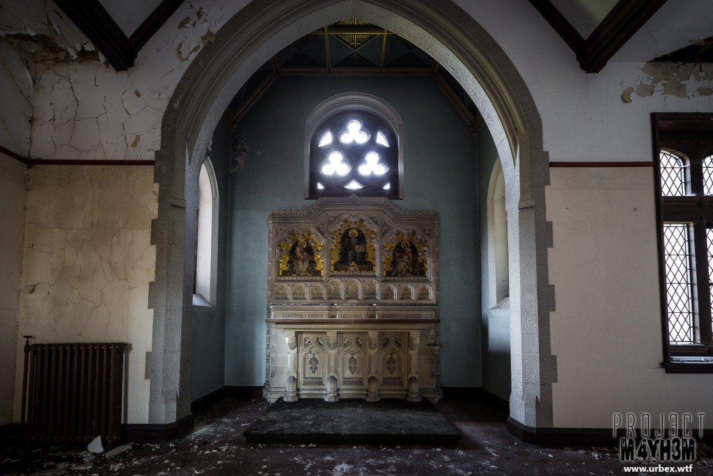St Josephs Seminary - Altar