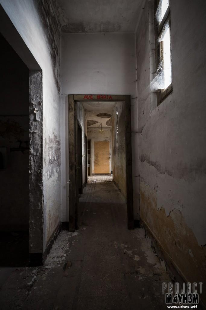 Monastero MG Italy - Ave Maria Corridor
