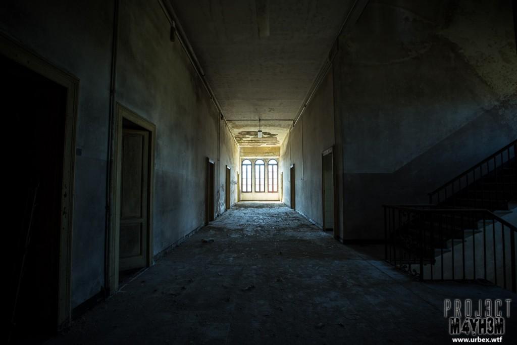 Blue Chapel Monastery - Corridor