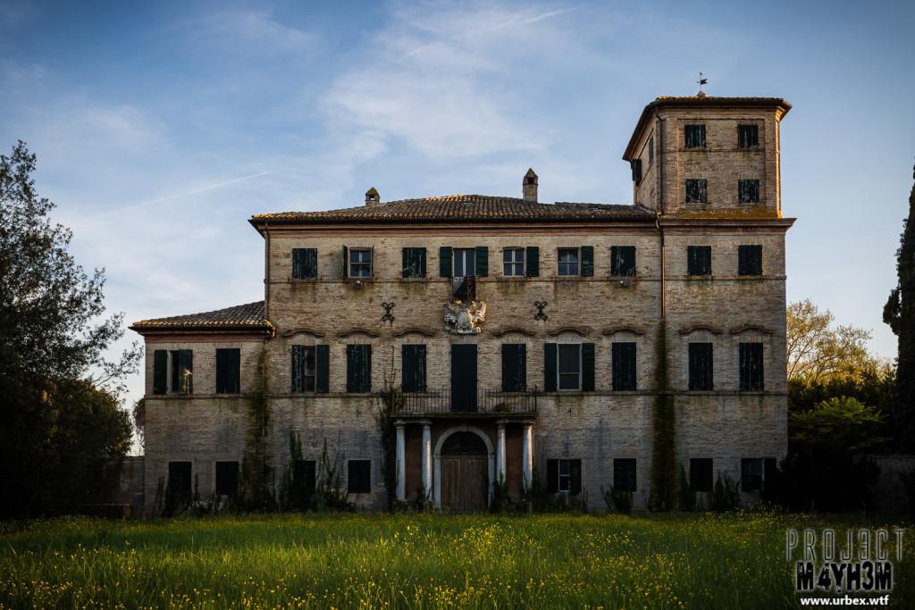 Villa Crypta - Exterior