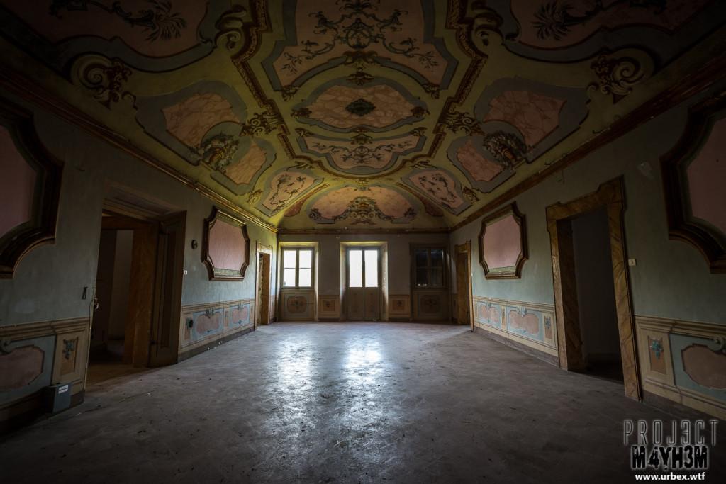 Villa Crypta