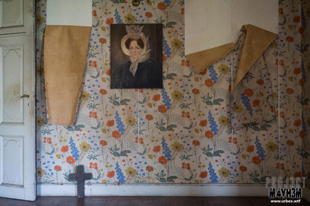 Manoir des portraits aka Château Romantique - Bedroom