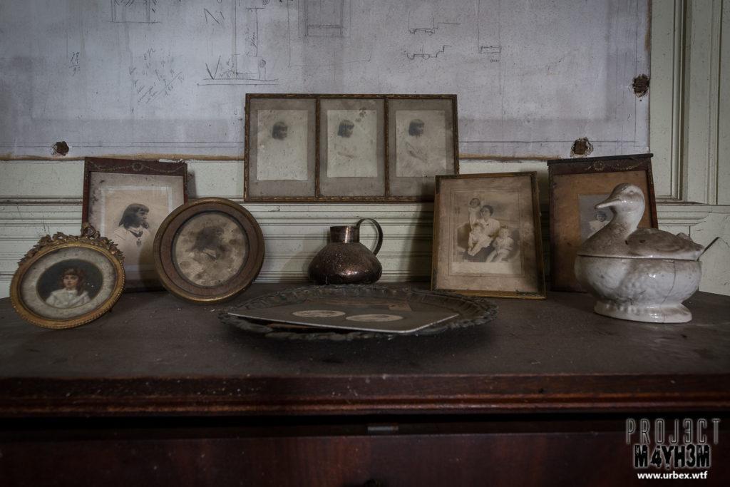 Manoir des portraits aka Château Romantique