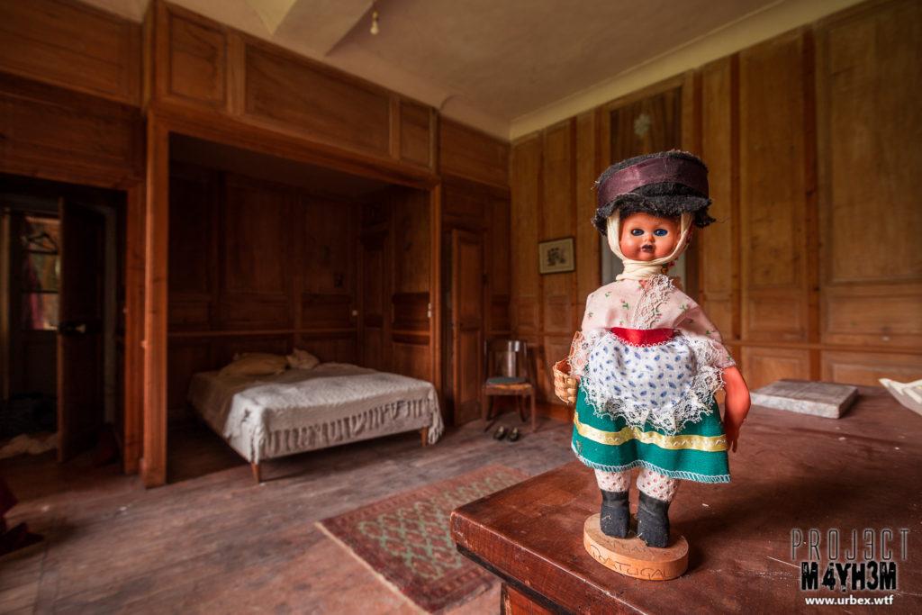 Château Fachos Bedroom