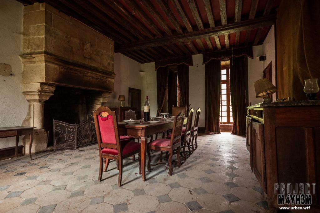 Château Fachos Dining Room