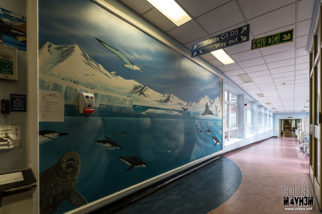 Alder Hey Children's Hospital - Main Corridor