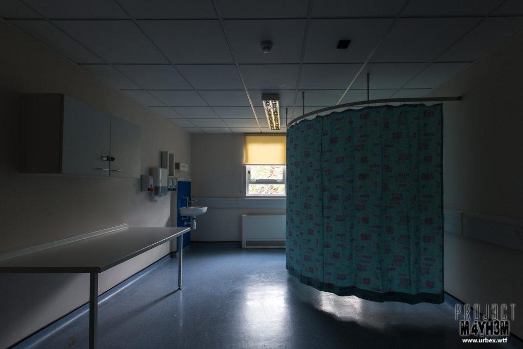 The Queen Elizabeth II Hospital - Examination Room